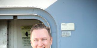 PHOTO COURTESY OF SENIOR CHIEF MASS COMMUNICATION SPECIALIST GARY WARD